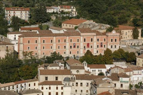 """A Cosenza l'evento """"Tra passato e presente. Natale a Palazzo Arnone"""""""