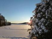 lago con la neve