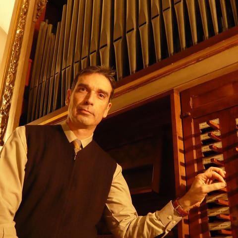 Con Miquel González tornano a Firenze i Mercoledì Musicali