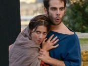 due attori di Abaco teatro in Miles Gloriosus