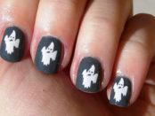unghie decorate con fantasmi