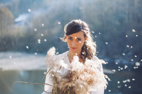 """Intra"", album d'esordio di Cristina Meschia"