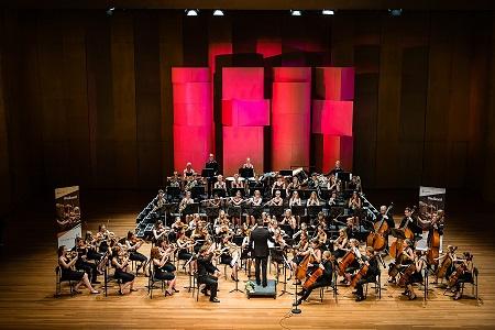 """Ladri"" e ""Fantasmi"" all'opera con la Frysk Jeugd Orkest a Firenze"