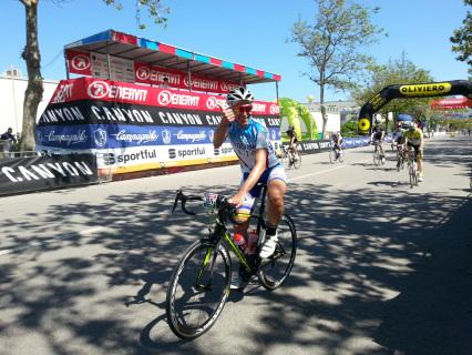 Stefano Caredda durante una gara ciclistica