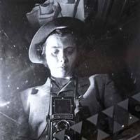 """Un itinerario dagli Stati Uniti a Champsaur"": foto di Vivian Maier in mostra a Lucca"