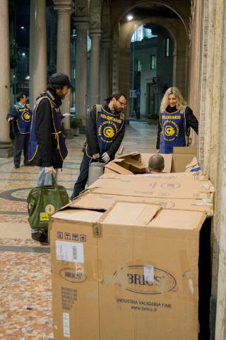 volontari di Ronda Carità e Solidarietà