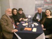 Ernesto Bodini con altre persone
