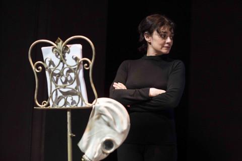 """Elena Arvigo presenta i """"Monologhi dell'atomica"""" a Calenzano"""