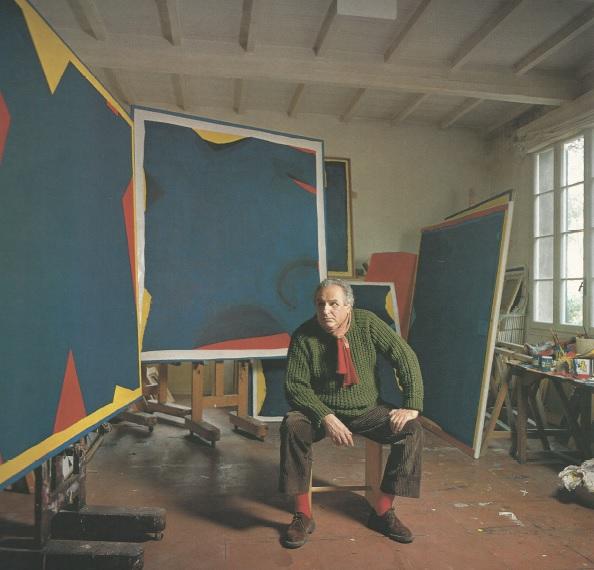 Arturo Carmassi nel suo studio