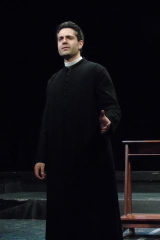 """""""Il disobbediente"""" in prima nazionale al Teatro Manzoni di Calenzano"""