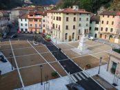 piazza carducci a seravezza-