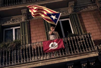 Al voto il 77,5 per cento dei catalani, il 90 per l'indipendenza