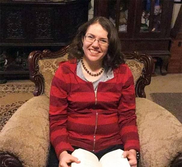 Rebecca Sharrock e l'Ipertimesia, malattia rara  che acuisce la memoria autobiografica