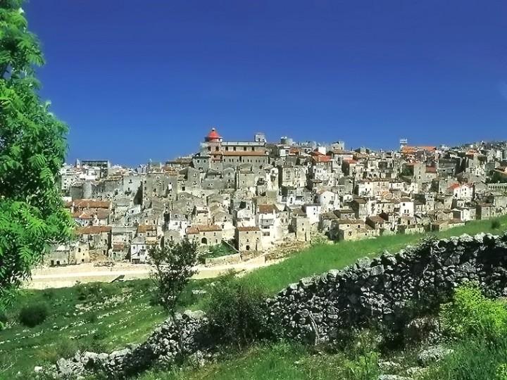 Vico del Gargano una delle protagoniste della Puglia più visitata.