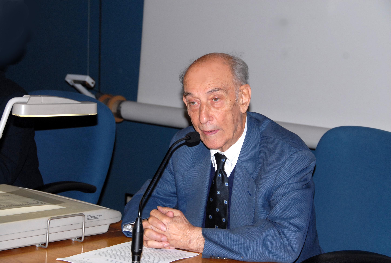Il professor Guido Filogamo valente maestro di docenza tra saggezza e intelligente ironia