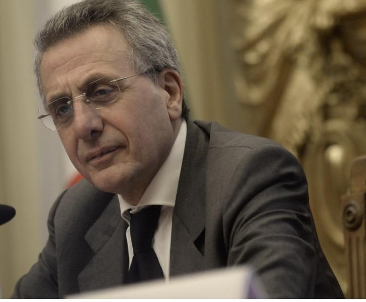 """CULTURA, CALIGIURI PRESENTA """"MATERIALI DI INTELLIGENCE"""" A UDINE CON ALBERTO F. DE TONI"""
