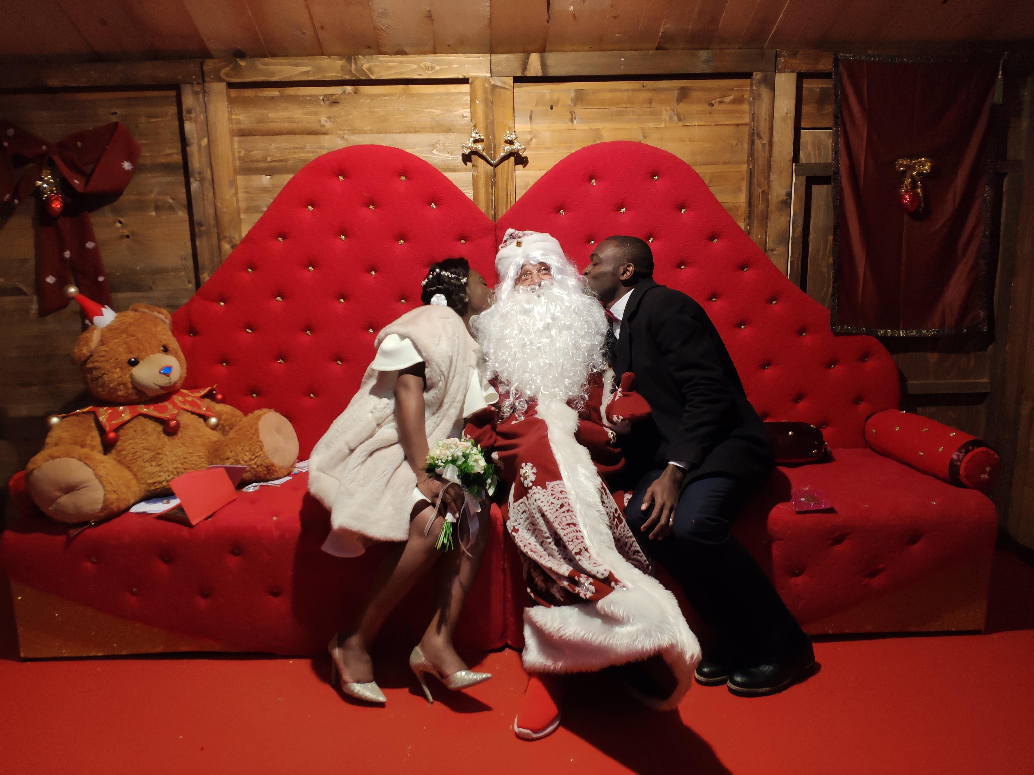 """Siena: sposi nel """"Regno di Babbo Natale"""""""