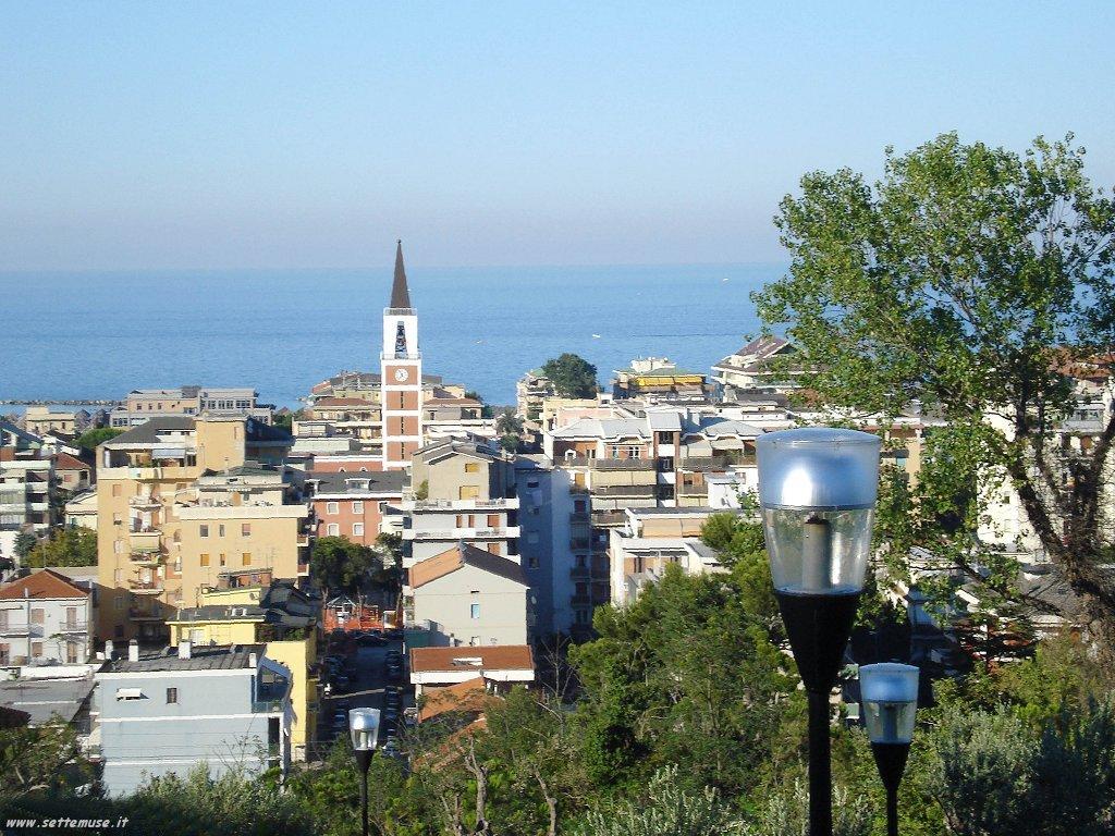 Pescara: divieto di balneazione, scrive l'assessore Di Nisio