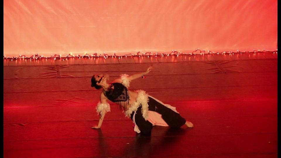 Concorso Coreografico al Teatro Nuovo di Pisa. Tra i partecipanti anche la nostra socia Giada Barone ballerina di danza orientale